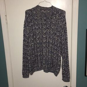 Lightweight knitted multicolor sweater